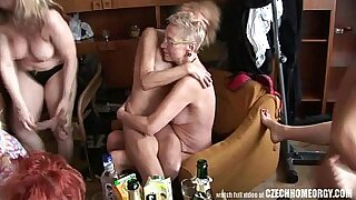 Crazy real homemade hardcore sex with a gangbang - duration 9:47
