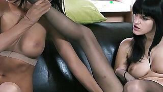 User requested Addicted to pantyhose fetish - duration 30:00