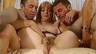 piss matures scene sophie verdi - duration 15:00