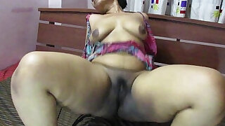 desi babe lily orgasm indian sex - duration 11:00