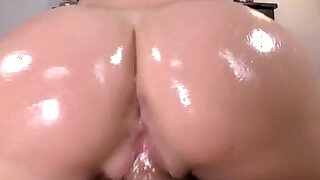 Oiled ass Kimmy Olsen - duration 5:00
