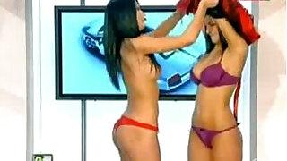 Goluri si Goale ep Miki si Roxana Romania naked news - duration 26:00
