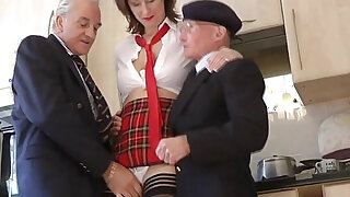 Mature skank picks up geriatrics - duration 8:00