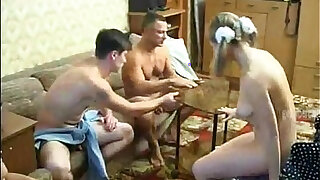 EVERYBODY FUCKS EACH OTHER, CUMS TOGETHER - duration 20:00