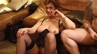 French Mature Gangbang - duration 41:00