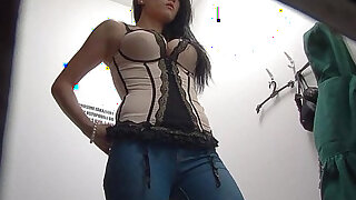 Czech Brunette amateur Teen Spied With Security Cam - duration 11:00