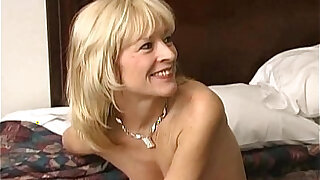 Cheating mature wife in vegas - duration 26:00