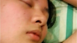 Sleeping asian amateur euro slut - duration 4:00