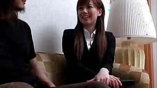 Asian couple - duration 49:00