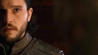 Emilia Clarke Game Of Thrones - duration 1:11