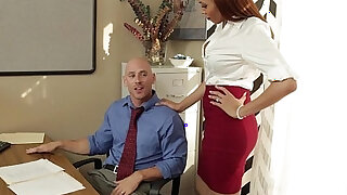 Stockinged babe Serena Ali fuck in the office - duration 8:00