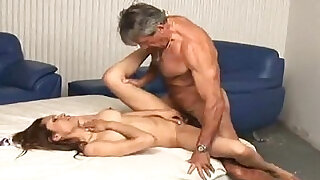 Daddy enjoying with her young blonde girl - duration 22:00