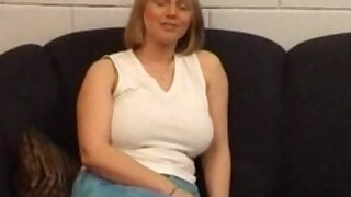 Big tit mature euro slut - duration 17:43