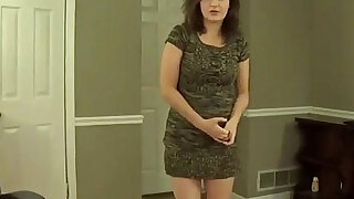 Amateur mom says mommy has urges roleplay - duration 15:00