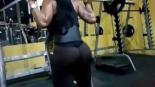 Nalgona en el Gym - duration 0:45