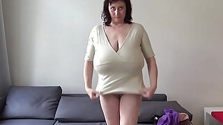 Euro MILF playing with macromastia hanging breasts - duration 14:00