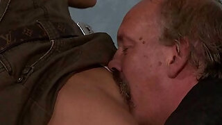 He leaves and old dad licks and fucks his GF pussy - duration 6:00
