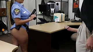 Uniform pawnshop slut dicksucking for cash - duration 7:00