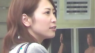 Japanese babe rubs - duration 10:00
