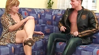 Granny gets hairy pussy and fucked hard and deep - duration 5:00