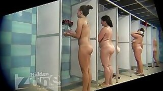 Nicole Heat does partnered sex in the shower Birthday Trying A Stranger - duration 3:32
