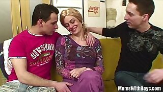Young blonde with bone locked pussy gets deep anal fuck and - duration 24:01