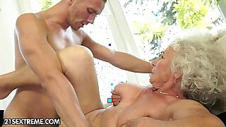 Mature tenant being cockrided in various positions for low - duration 5:21
